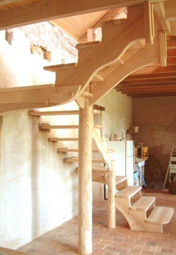 Decor vitrine decoration bois for Decoration escalier en bois