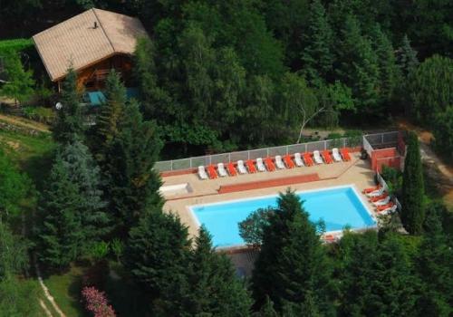 Camping la for t saint jean du gard c vennes for Camping dans le gard avec piscine